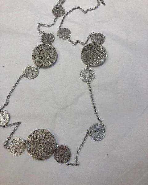 halsband-stor-platta-silver