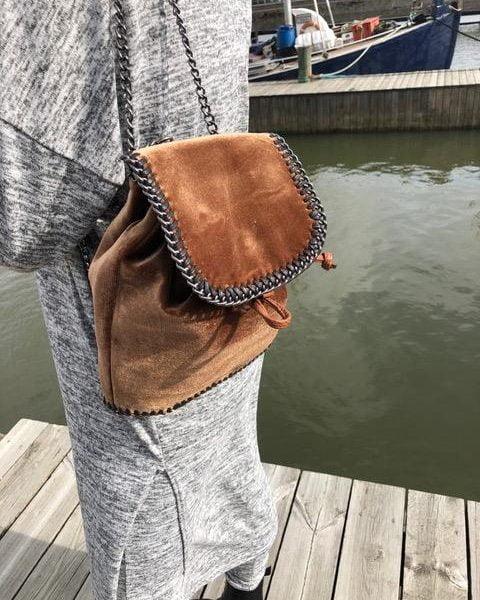 vaska-sammet-brun