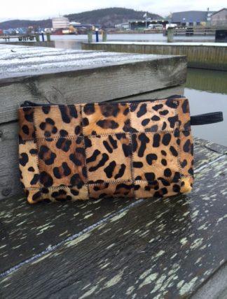 liten väska leopard