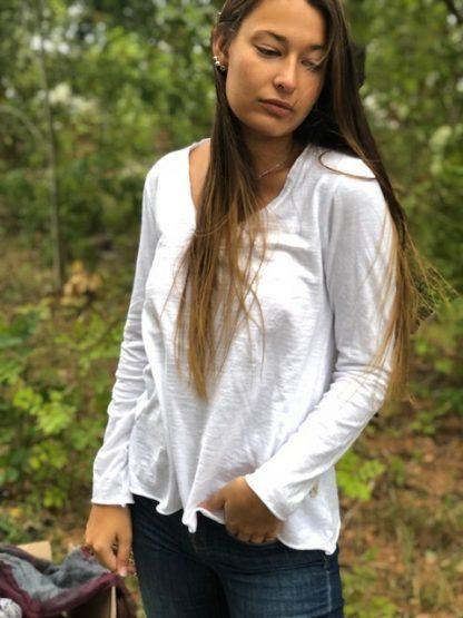 långärmad vit t-shirt