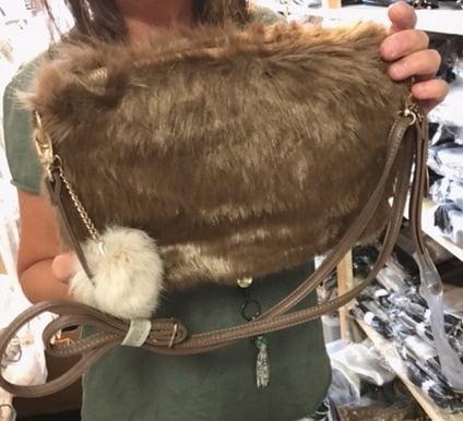 lo-ika väska