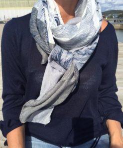 nola blå sjal lo-ika