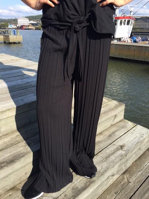 susa byxor svart
