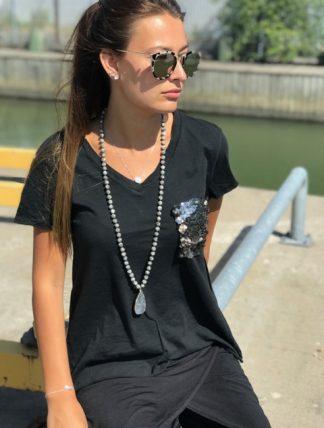 svart t-shirt med glitter