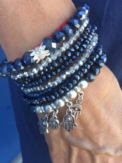 blått armband