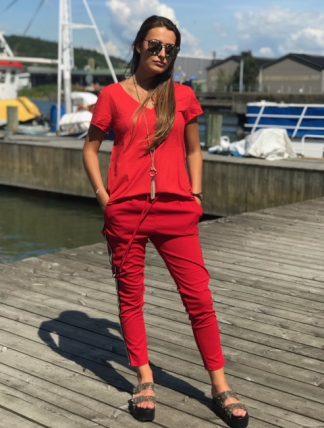 hel dress röd och guld