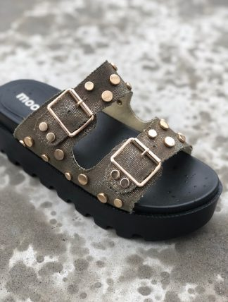 gröna sandaler