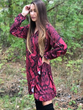 röd snake klänning