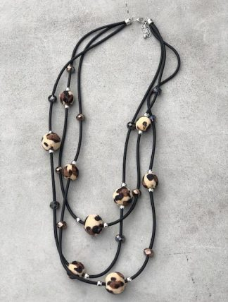 Halsband leo bollar