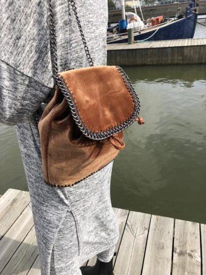 sammetsväska brun