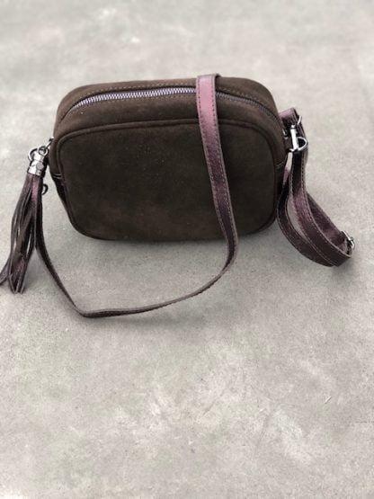 väska brun mocka skinn