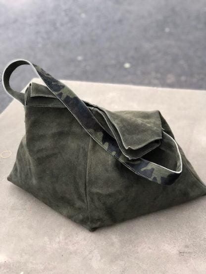 väska grön mocka skinn