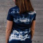 T-shirt batik blå