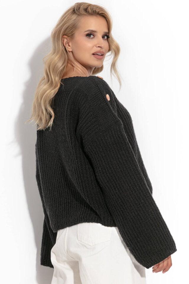 svart tröja med knappar på axeln för damer